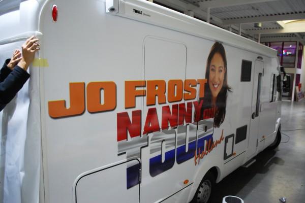 nanny on tour camperbelettering