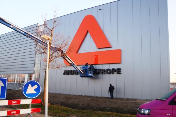 Anamet Europe Lichtreclame Tinttotaal