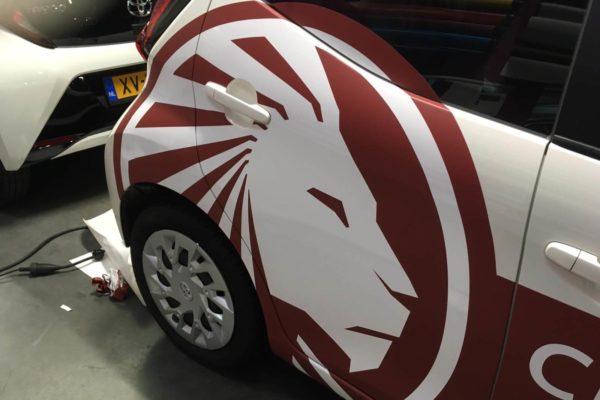 autowrap bestickering bedrijfsauto leeuw