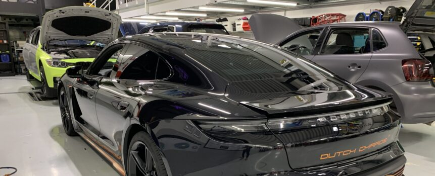 Porsche Taycan autostyling